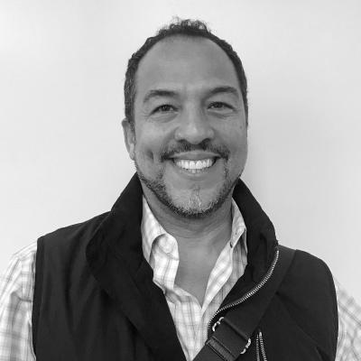 Eduardo-Vilaro-social-asset-04